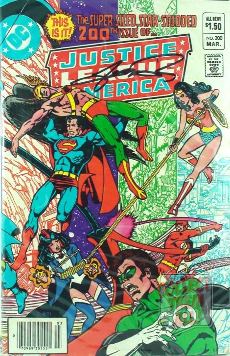 CTA_NYCC_ComicHaul_10132013_JusticeLeagueofAmerica200